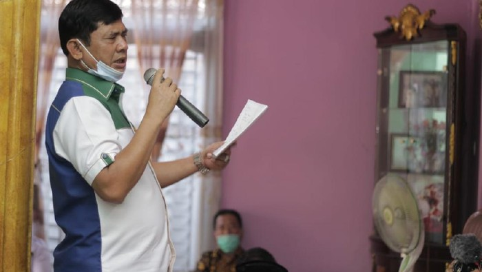 Cawagub Jambi petahana Safril Nursal saat kunjungi warganya di kampanye Pilgub Jambi 2020.