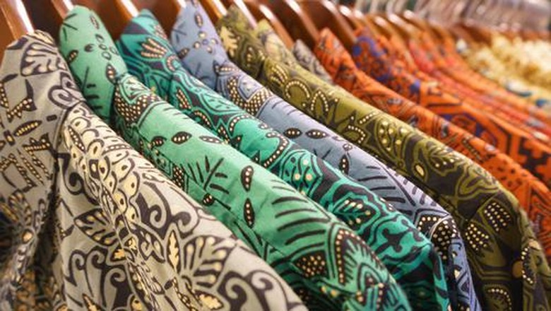 Contoh Batik Nusantara: Cirebon, Yogyakarta, Solo, Banyuwangi