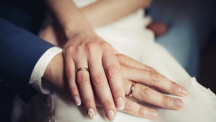 Ilustrasi cincin pernikahan
