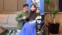 Rayakan Anniversary Tanggal 10.10, Indra Bekti & Istri Buat Giveaway