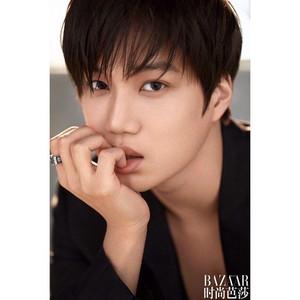 Kai EXO Jadi Model Pria Pertama untuk Brand Kosmetik Bobbi Brown