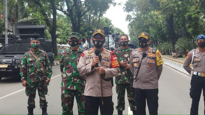 Kapolres Jakpus Kombes Heru Novianto memberikan keterangan kepada wartawan