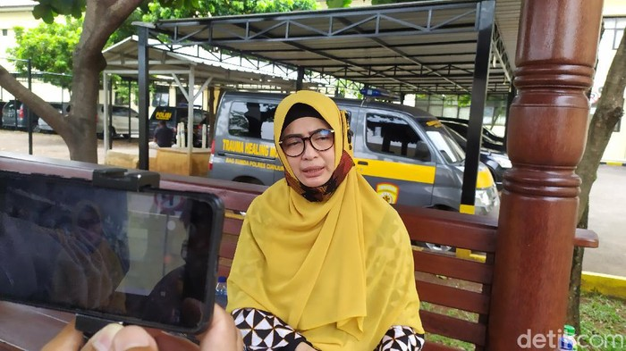 Mantan Anggota DPR RI Wa Ode Nur Zainab saat ditemui di Mapolres Cianjur