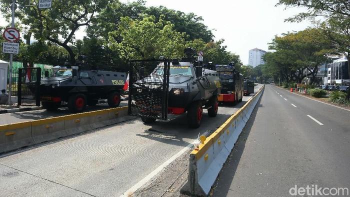 Persaudaraan Alumni (PA) 212 dkk akan melaksanakan demo menolak UU Cipta Kerja di Istana Negara, Jakarta. Polisi menyiapkan pengamanan di Istana Negara.