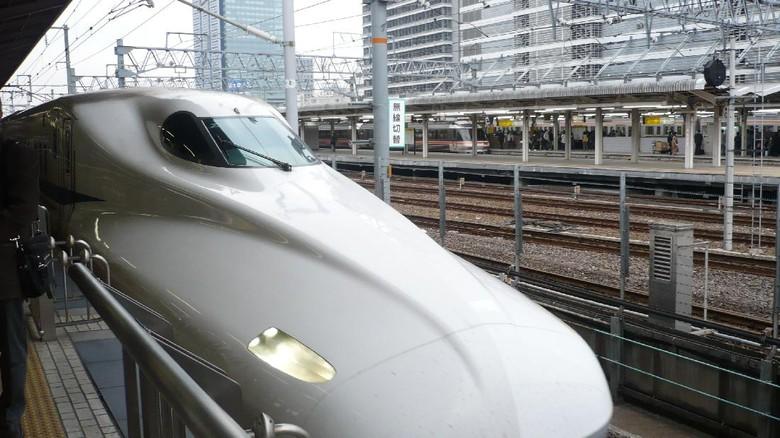 Kereta Cepat Shinkansen