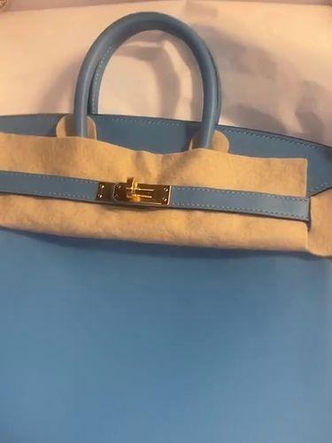 Tas Hermes Birkin dari Kylie Jenner untuk Cardi B di hari ulang tahun.