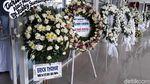 Titiek-Tommy Soeharto Kirim Karangan Bunga untuk Robby Sumampow