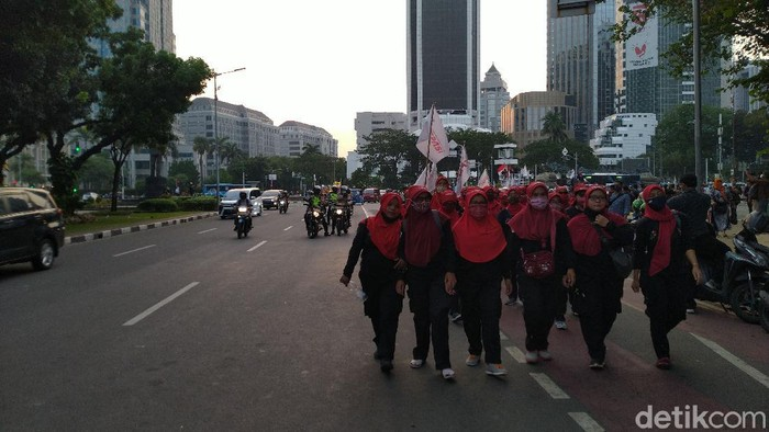 Buruh demo di Patung Kuda, Jakpus bubarkan diri