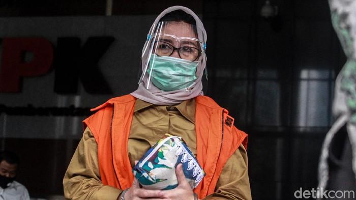 Ketua DPRD Kutai Timur, Encek UR Firgasih kembali diperiksa KPK. Ia diperiksa sebagai tersangka dugaan suap barang dan jasa.