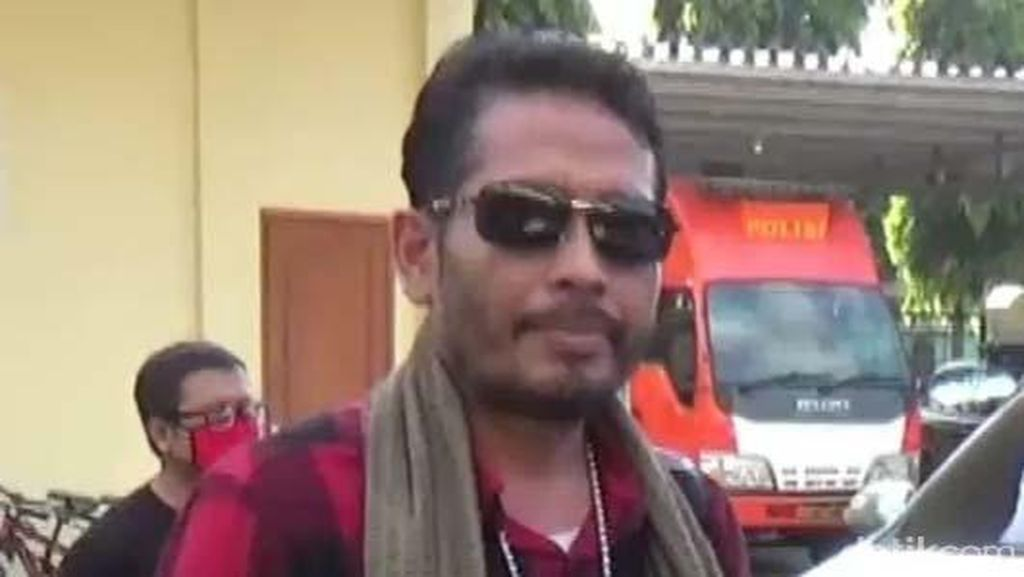 Aktivis Antimasker Ditahan Karena Sebarkan Hoaks, Bukan Jemput Paksa Jenazah