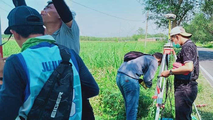 Pengukuran lahan untuk proyek tol Yogyakarta-Solo
