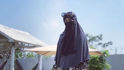 Penegasan Pipik Dian Irawati Tak Buka Aib Uje soal Poligami