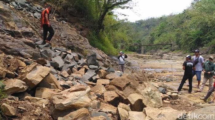 Aktivitas tambang batu ilegal di kawasan Geopark Ciletuh Sukabumi dihentikan