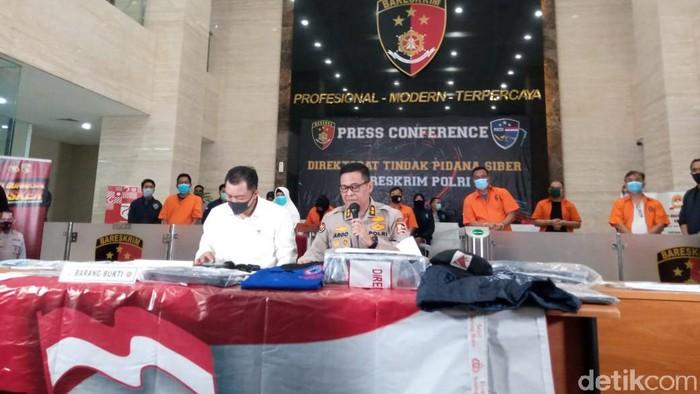 Bareskrim Polri ungkap kasus penangkapan anggota KAMI.