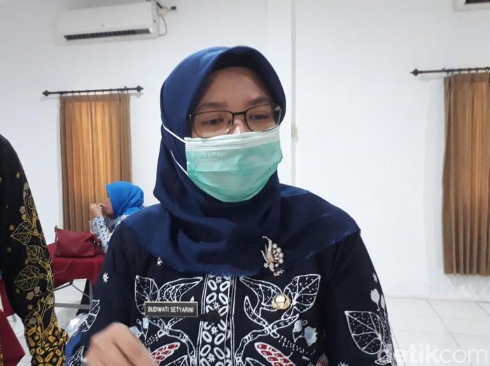 Kabid Perindustrian Disperindag Kota Pasuruan Budiwati Setyarini mengatakan, selama ini IKM electroplating Pasuruan belum mengelola limbah secara benar. Melaui pelatihan tersebut, mereka diharapkan bisa membuat IPAL mandiri dengan biaya terjangkau.