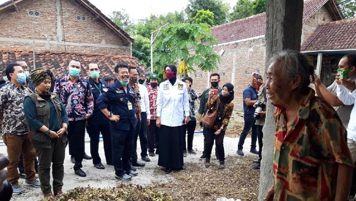 Menteri pertanian, Syahrul Yasin Limpo, berdialog dengan warga di Desa Giriroto, Kecamatan Ngemplak, Boyolali
