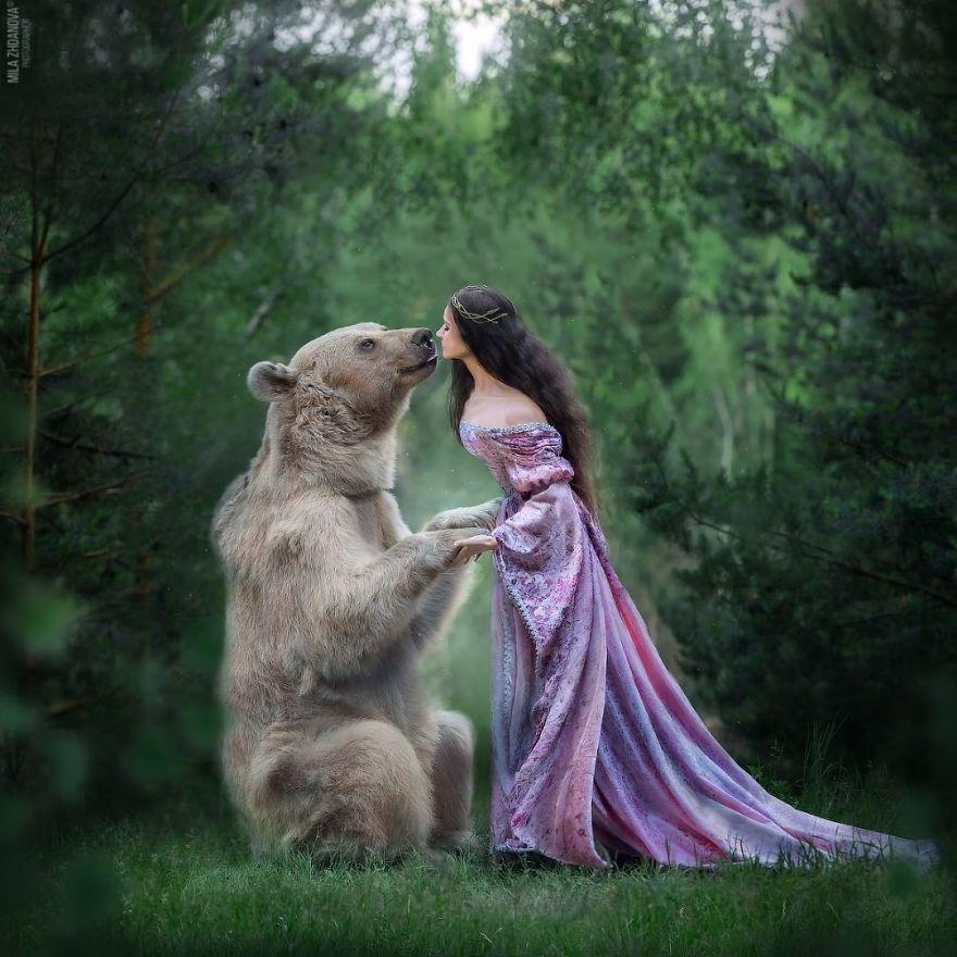 model beruang dari rusia
