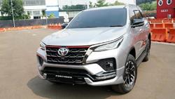Daftar Harga Mobil Toyota Usai Kena Pajak Emisi, Alphard Turun sampai Rp 446 Juta!