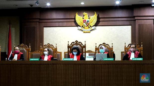 Pembacaan tuntutan Jaksa Penuntut Umum (JPU) terhadap dua terdakwa dalam kasus dugaan korupsi PT. Asuransi Jiwasraya (Persero) akhirnya digelar hari ini, Kamis (15/10/2020).  (CNBC Indonesia/Tri Susilo)