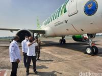Pesawat yang dipasangi logo ini berjenis Airbus 320 (A-320). Pesawat ini telah terbang ke beberapa kota di Indonesia sejak 24 September 2020. (Foto: Putu Intan/detikcom)