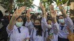 Potret Lautan Manusia di Tengah Aksi Unjuk Rasa Thailand