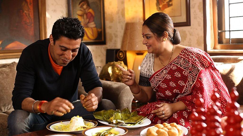 Begini Pengalaman Keluarga Asia Saat Makan di Restoran Bareng Keluarga