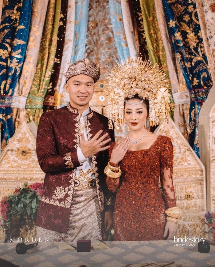 Nikita Willy menikah dengan Indra Priawan