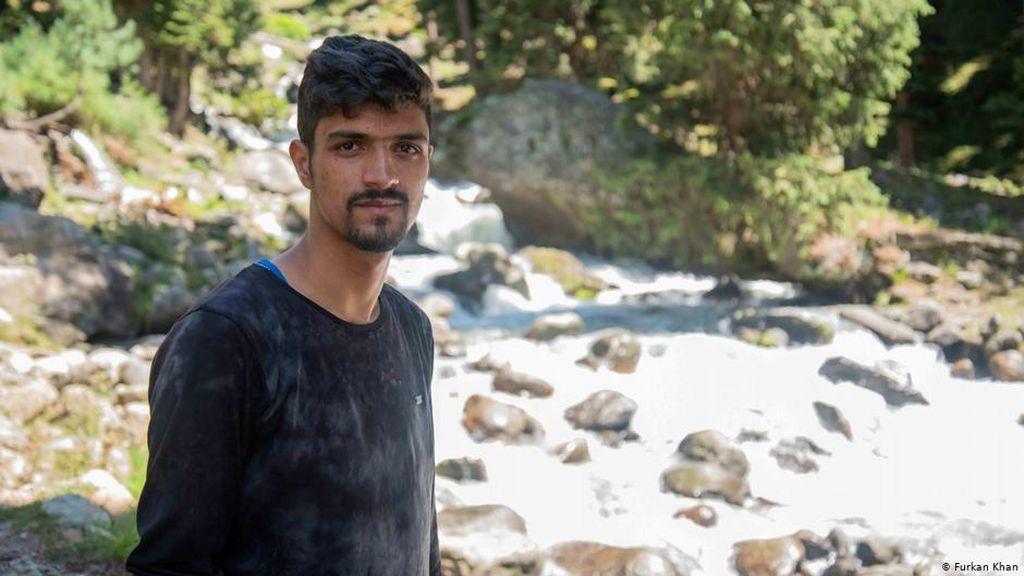 Pecinta Lingkungan Kashmir Bekerja di Bawah Ancaman Konflik dan Perubahan Iklim