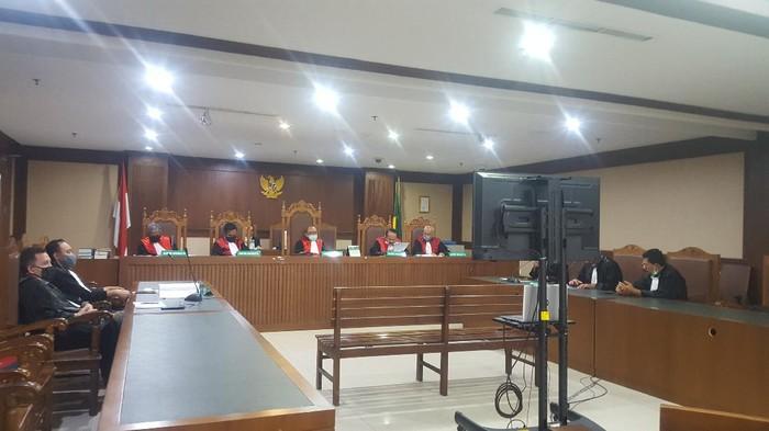 Sidang vonis Dirut PT CMIT Rahardjo Pratjihno (Foto: Zunita/detikcom)
