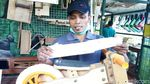 Jam Kerja Dipotong Imbas Corona, Warga Bantul Bikin Push Bike Kayu