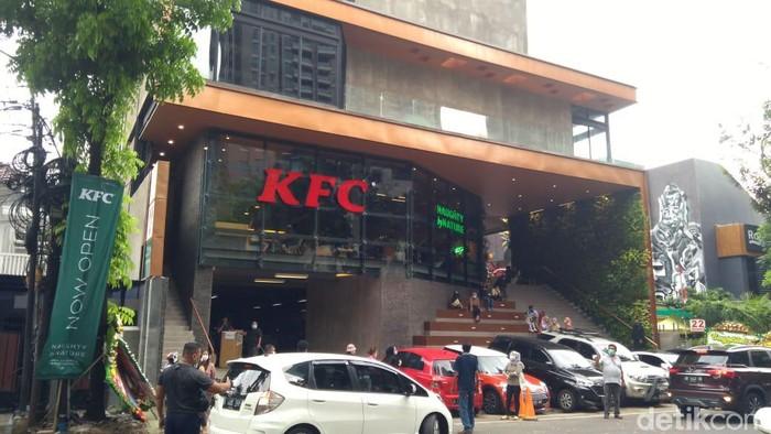 KFC Senopati Disanksi, Ingat Lagi Protokol Kesehatan di ...
