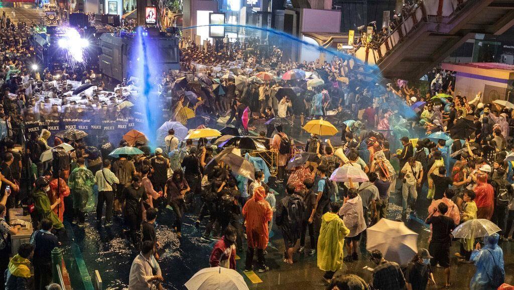Polisi Thailand Perintahkan Penyelidikan 4 Media Terkait Liputan Demo