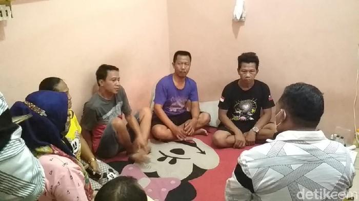 BP2MI gerebek tempat penampungan calon TKI ilegal di Cirebon (Sudirman Wamad/detikcom)