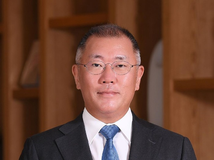 Chairman of the GroupHyundai MotorEuisun Chung