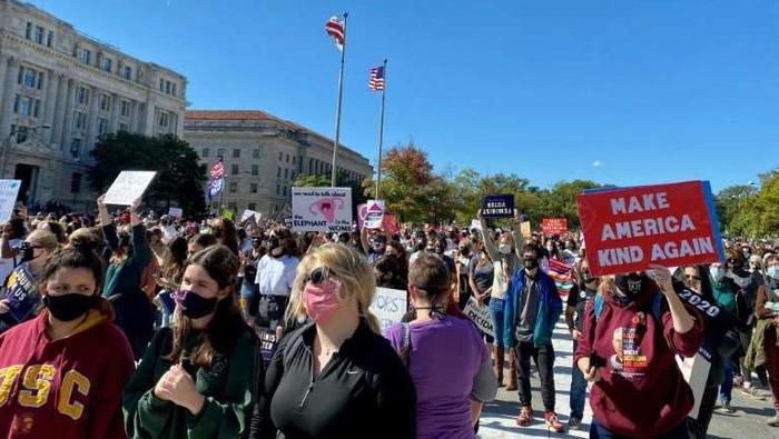 Demonstrasi wanita menolak Presiden AS Donald Trump (AFP Photo)