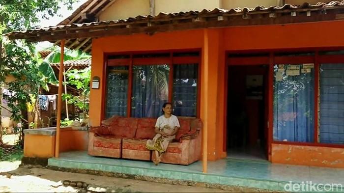 Dukuh Sibimo di Desa Brokoh, Wonotunggal, Batang, Jawa Tengah, ini sangat unik. Tak lebih dari 7 rumah yang berdiri di dusun tersebut.