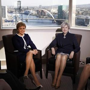 7 Politikus Wanita Dikritik karena Gaya Busana, Ada yang Ekspos Belahan Dada