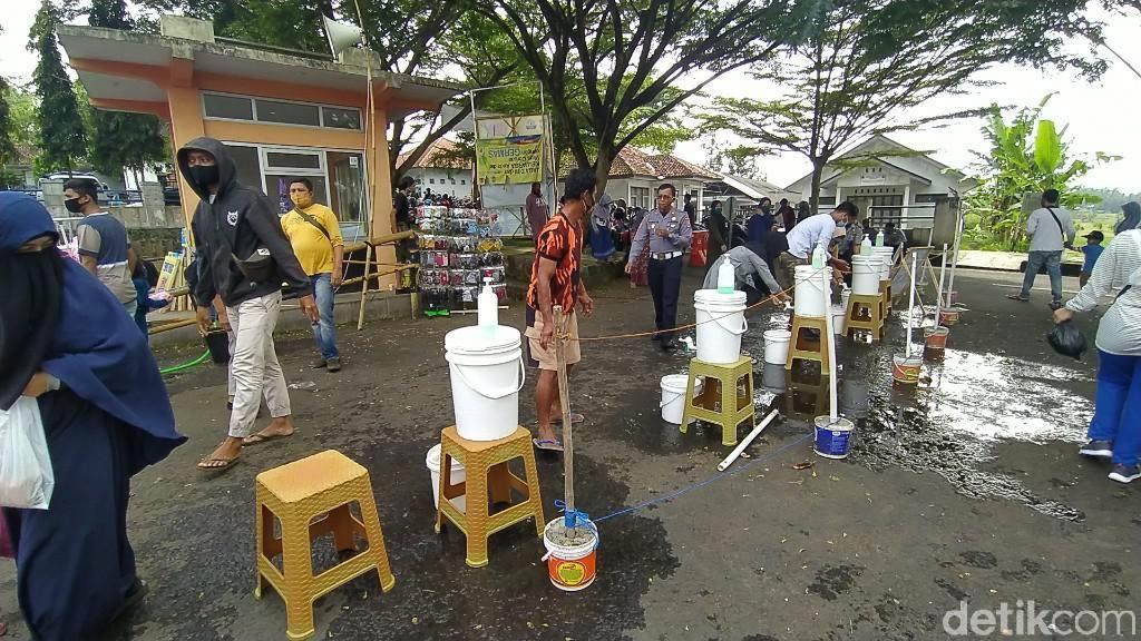 Pengurus Pasar Dadakan di Ciamis Perketat Prokes Agar Bisa Buka Tiap Minggu