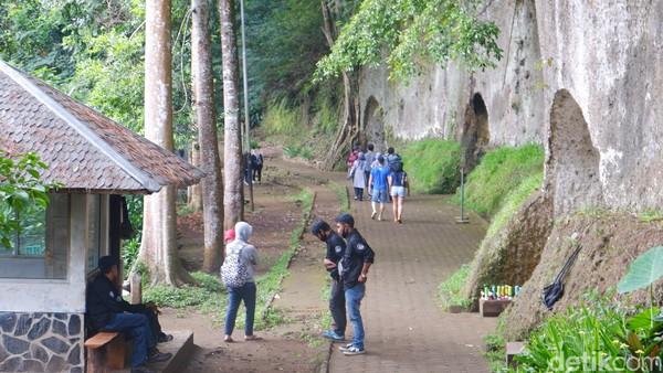 Meskipun seluruh area wisata sudah dibuka, ada beberapa kegiatan yang ditiadakan sementara yakni outbound, gathering, dan wedding.