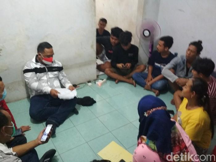 Tempat penampungan TKI ilegal di Cirebon (Sudirman Wamad/detikcom)