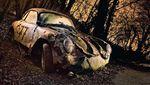 Foto Memukau Deretan Mobil Antik yang Terbengkalai