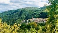 Kisah Kota di Italia yang Penduduknya Cuma Tinggal 2 Orang