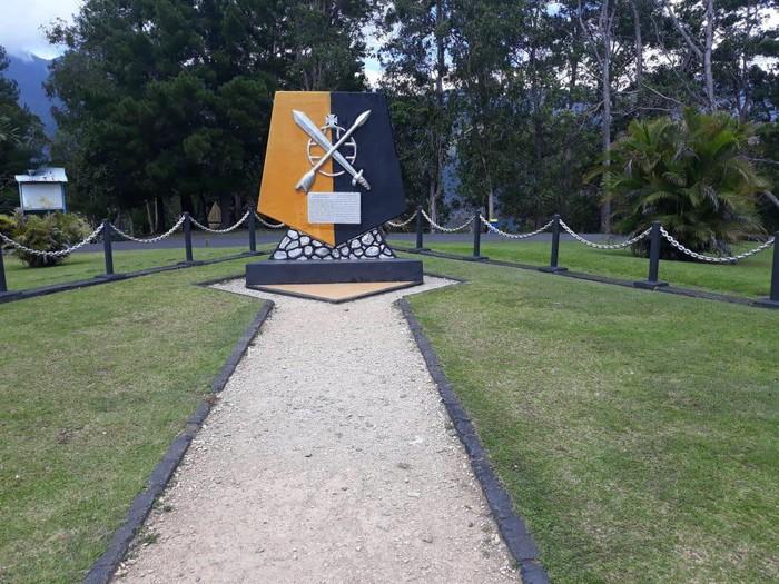 Monumen Jenderal Mac Arthur di Ifar Gunung, Sentani. Jenderal Mac Arthur merupakan pimpinan pasukan AS saat perang dunia kedua melawan Jepang.
