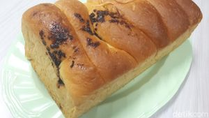 Moro Bakeshop: Empuk Lembut Roti Sobek hingga Semir dari Resep 1967