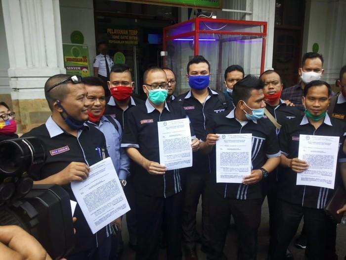Pengacara ajukan praperadilan tersangka ketua KAMI Medan (Datuk-detikcom)