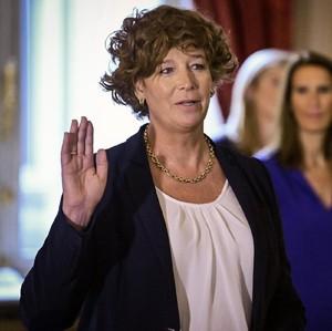Sosok Petra De Sutter, Transgender Pertama yang Jadi Wakil Perdana Menteri