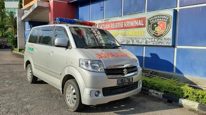 Ambulans viral bawa hantaran di Palembang ditilang polisi (Raja Adil-detikcom)