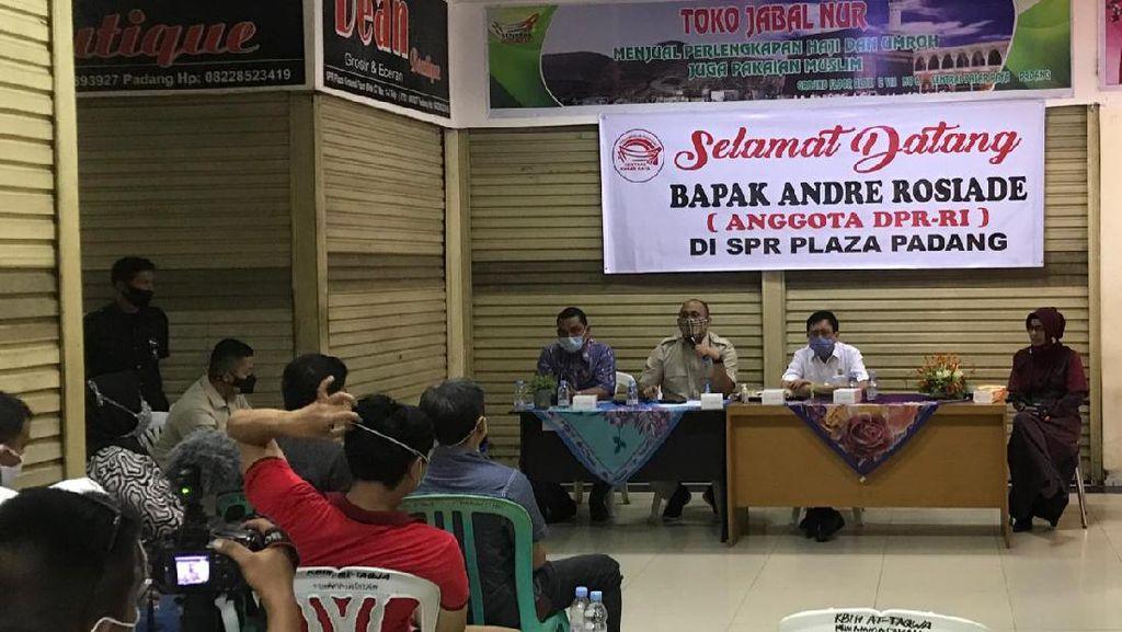 Dibantu Andre Rosiade, Ratusan Pedagang SPR Padang Akan Pasang Listrik Gratis
