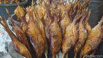 Belasan Ton Ikan Asap Diproduksi di Tempat Ini Lho