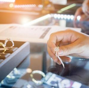 Langkah Pilih Cincin Kawin yang Tepat untuk Momen Sakral